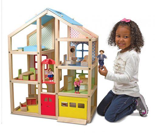 Drevený domček so zariadením 4