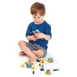 Tender Leaf Toys Drevené postavičky Roboty 3