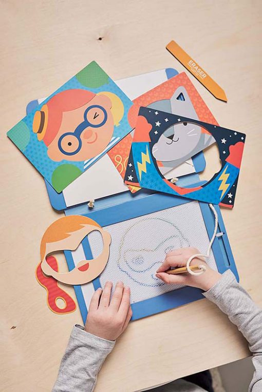 Petitcollage Magnetická kresliaca tabuľa Tváre 3