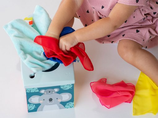 Taf Toys Box so šatkami Koala 4